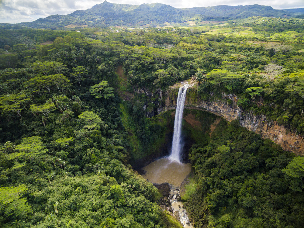 """In honor of Earth Day, make your next vacation more meaningful by giving the gift of your time to the planet. To inspire travelers to roll up their sleeves and get involved, Cheapflights.com has pulled together a list of """"Destinations to make ..."""